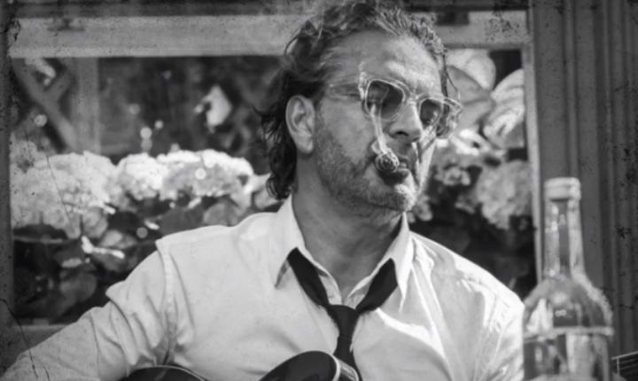 'Batichica', lo nuevo de Ricardo Arjona