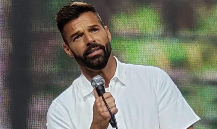 Fundación de Ricky Martin creó centro de vacunación para COVID