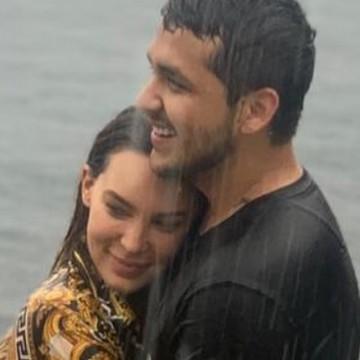 Christian Nodal y Belinda confirman su relación sentimental