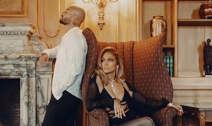 Jennifer López y Maluma estrenan los sencillos 'Pa Ti' y 'Lonely'