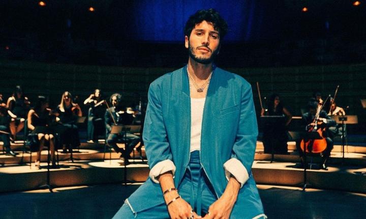 Revelan fotos de Sebastián Yatra actuando en serie de Netflix